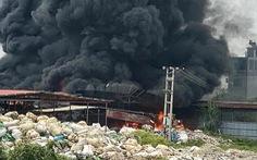 Xưởng phế liệu rộng hàng ngàn m² tại Hải Phòng bị lửa thiêu rụi