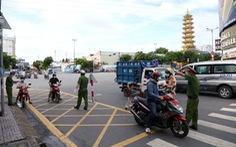 TP.HCM: Nhiều người bị buộc quay đầu khi ra đường không cần thiết