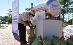 Mở 'cây ATM gạo' lưu động giúp người dân vùng dịch