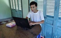 Thí sinh đạt 3 điểm 10 thi tốt nghiệp: 'Mẹ đang làm công nhân ở Đài Loan'