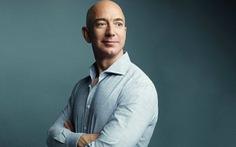 Tỉ phú Jeff Bezos 'xin biếu' NASA 2 tỉ USD đổi lấy hợp đồng chế tạo tàu lên Mặt trăng