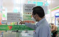 Phó bí thư thường trực Thành ủy TP.HCM Phan Văn Mãi kiểm tra khu phong tỏa tại quận 8