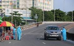 Từ ngày 1-8, Tổng cục Đường bộ dừng cấp mã QR xe chở công nhân