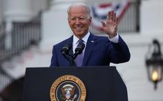 Tổng thống Biden: Nước Mỹ đã trỗi dậy từ bóng tối của COVID-19