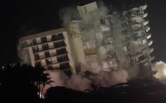 Mỹ dùng thuốc nổ đánh sập phần còn lại của chung cư 12 tầng