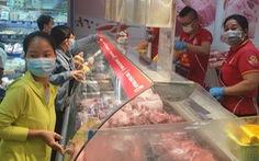 Hết cảnh tranh nhau mua hàng, thịt, cá, trứng..., hàng hóa về đầy kệ siêu thị và chợ