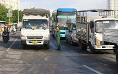 Sau 15 ngày thực hiện chỉ thị 16, lượng xe cộ trên đường TP.HCM giảm 60-90%