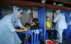 Bệnh viện Thái mua thêm container đông lạnh giữ xác, Lào có số ca COVID-19 kỷ lục
