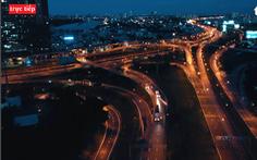 Trực tiếp: Đường phố TP.HCM và Đà Nẵng đêm 1-8