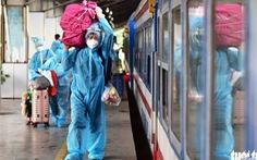 Hơn 400 người dân khó khăn được tỉnh Quảng Trị đón về quê đợt 2 bằng tàu hỏa