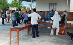 Tổ chức sinh nhật khiến 19 người nhiễm COVID-19, đình chỉ luôn chủ tịch xã