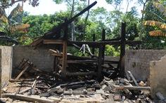 10 nhà dân, nhà rơm bỗng dưng bị đốt, cả xóm 'mất ăn mất ngủ'