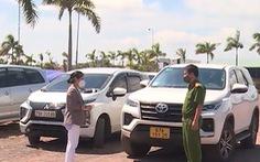 Nhiều xe hơi chở 'chui' lấy phí 1,3 - 1,8 triệu đồng/người từ vùng dịch về Phú Yên