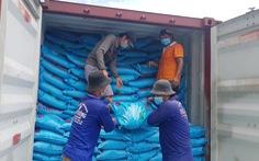 Mỗi ngày có khoảng 5.600 tấn gạo được xuất khẩu đi từ cảng Mỹ Thới