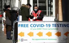 PHE: Vắc xin COVID-19 cứu mạng 84.600 người ở Anh