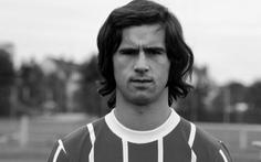 Huyền thoại bóng đá Đức Gerd Muller qua đời
