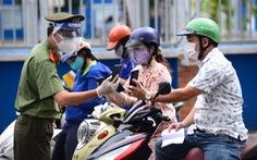 4.0 hỗ trợ chống dịch: Một người dân gần chục cái app
