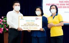 'Vòng Tay Việt' và 1 triệu suất ăn cho người dân khó khăn