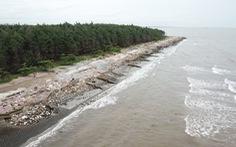 3 giáo viên nghỉ hưu tắm nơi cửa biển bị sóng cuốn mất tích