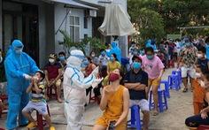 Giáng chức phó chánh văn phòng Đoàn ĐBQH - HĐND Đà Nẵng 'gạt tay trúng mặt' nhân viên y tế