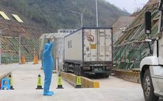 Trung Quốc tăng kiểm soát các cửa khẩu: Xuất khẩu nông sản thêm khó
