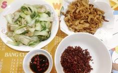 Nấu món chay ngày giãn cách, nhớ ba mẹ mùa Vu lan