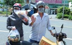 Bà con Vĩnh Long tiếp sức đồng hương xa quê tại TP.HCM vững tâm qua mùa dịch