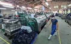 Doanh nghiệp '3 tại chỗ' tăng nhân công, có nơi tạm ngưng sản xuất