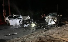 Xe con lấn làn tông trực diện xe bán tải, 2 người chết