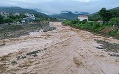 Lũ ập về trong đêm, Sơn La kịp thời sơ tán hơn 600 dân