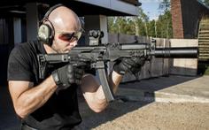 Tiểu liên mới của Nga bắn xuyên thủng áo giáp chống đạn