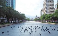 Sài Gòn vẫn cuộn chảy