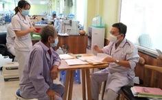 Người mắc bệnh thận mạn, đặc biệt bệnh nhân lọc máu, cần tiêm vắc xin sớm nhất có thể