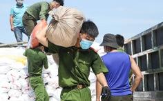 Hàng trăm tấn gạo, bí ngô, bí đỏ 'tự trồng' của Sơn La, Bắc Kạn gửi tặng miền Nam