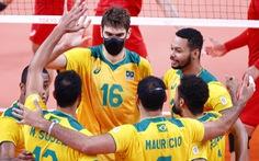 Vì sao nhiều VĐV bóng chuyền Brazil đeo khẩu trang thi đấu Olympic Tokyo?