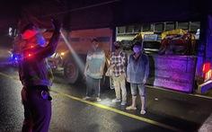 7 người trốn trong thùng xe, chui lưng ghế cabin xe tải vào Đà Lạt