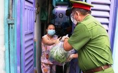 Cùng người dân vượt qua đại dịch: những hình ảnh đẹp nơi tuyến đầu