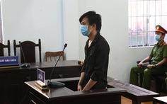 12 tháng tù cho người thông chốt, đánh lực lượng chức năng vì… đi sửa loa