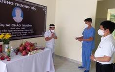 Từ Hà Giang xung phong vào TP.HCM chống dịch, nam điều dưỡng nhận tin mẹ qua đời