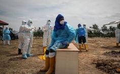 Malaysia lập kỷ lục kép u ám về COVID-19, Thái Lan cảnh báo về thuốc favipiravir
