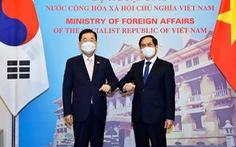 Hàn Quốc tặng 7,5 triệu ống tiêm vắc xin cho TP.HCM