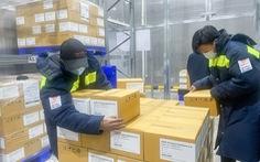 Thêm gần 600 ngàn liều vắc xin AstraZeneca về đến sân bay Tân Sơn Nhất