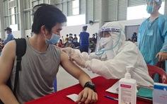 Nhiều phường hoãn tiêm do thiếu vắc xin, Bình Dương hỏa tốc 'cầu cứu' Bộ Y tế