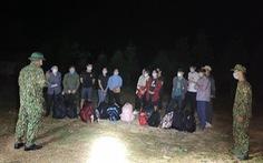 Liên tiếp bắt giữ 23 người Việt nhập cảnh trái phép qua biên giới