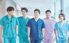 Hospital Playlist chữa lành cảm xúc về những bác sĩ tài hoa và đức độ