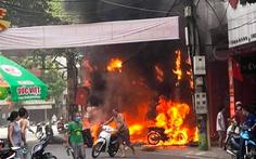 3 cửa hàng bán xe máy, loa, tivi ở Vĩnh Phúc bị lửa thiêu rụi