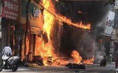 Tạm giữ nghi phạm ném bom xăng làm cháy 4 cửa hàng ở Vĩnh Phúc