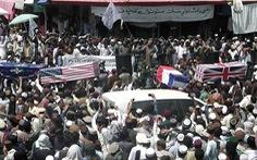 Taliban chính thức ăn mừng Ngày Tự do với súng ống và quan tài