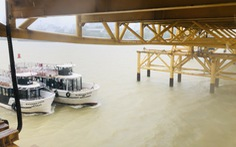 Đà Nẵng: Cầu Nguyễn Văn Trỗi nâng nhịp thông tuyến tàu thuyền đi tránh bão