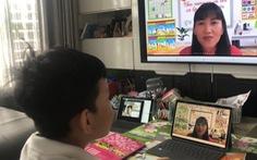 Dạy học online: Một tiết dạy, trăm mắt nhìn